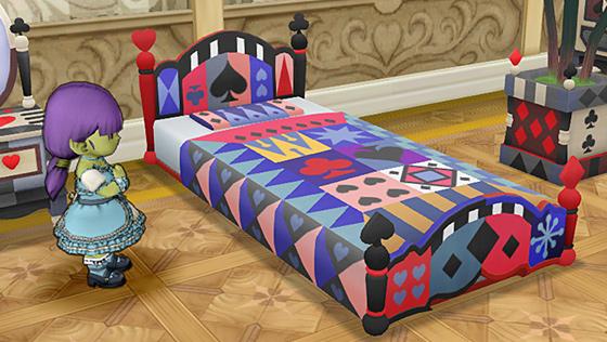 トランプ柄のベッド・赤 [FP]
